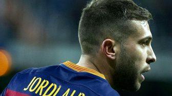 Барселона намерена продлить контракт с защитником Джорди Альбой